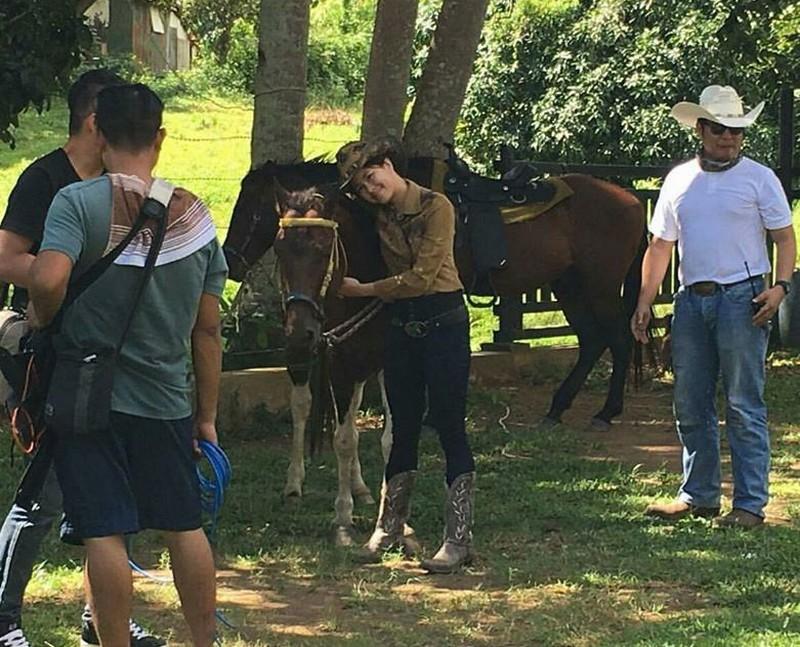 LOOK: Lucky 3 Teens enjoy their outside adventure in Masbate